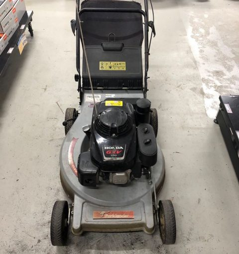 Second Hand Parklander Commercial 22 Lawn Mower With Honda Gxv160 Engine 01